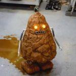 「ドロドロボ」、泥吹くロボットの動画が、なぜか人気